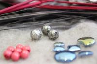 Perlen und Steine